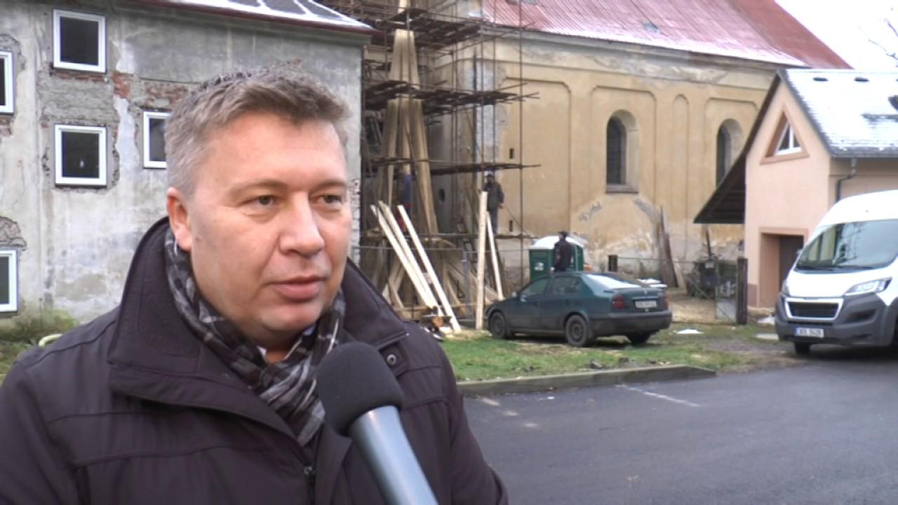 Záchrana kostela v Radošově pokračuje