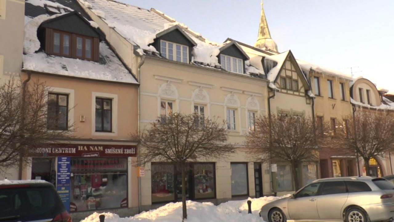 Opravy objektů na Starém náměstí