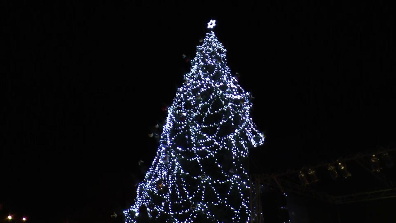 Rozsvícení vánočního stromečku v Ostrově