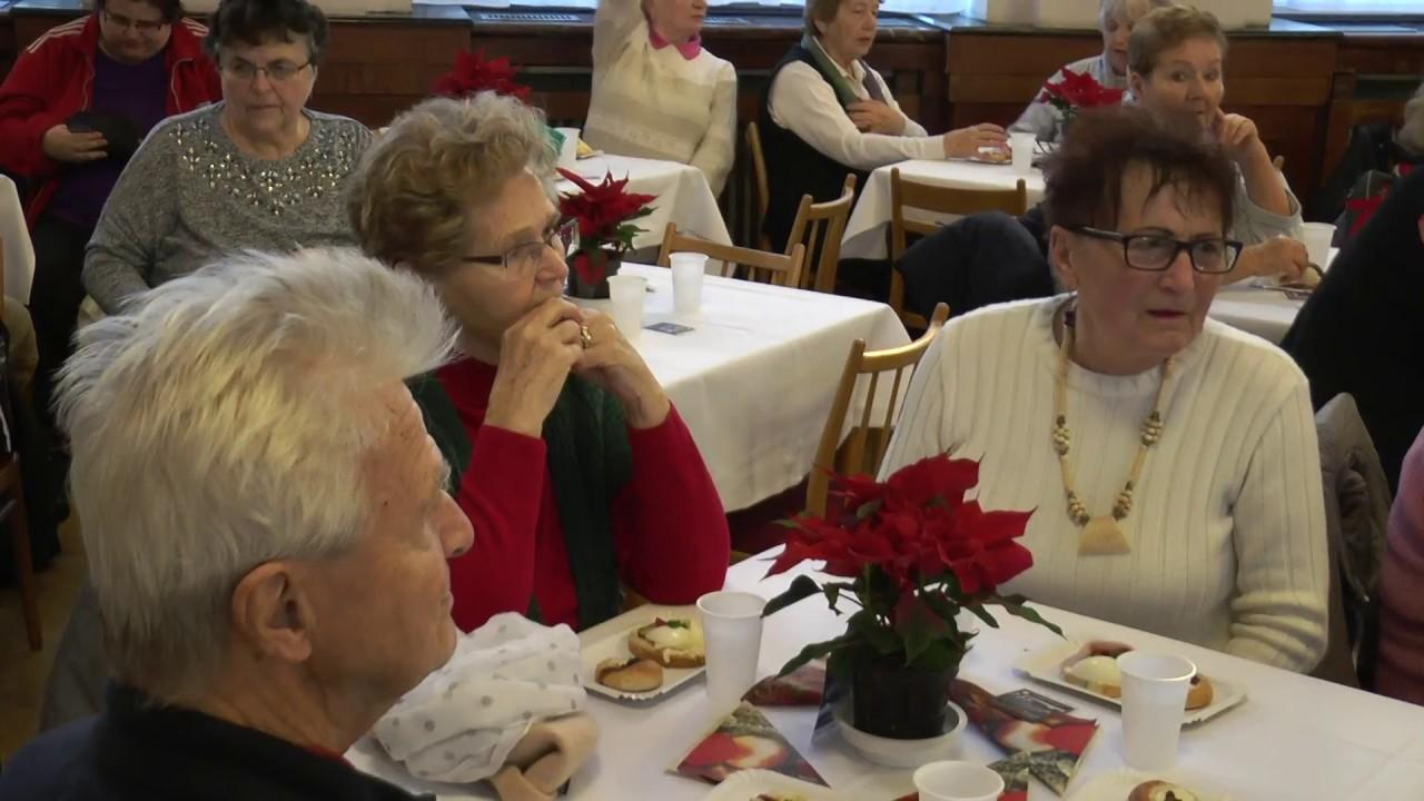 Setkání seniorů v DK Ostrov