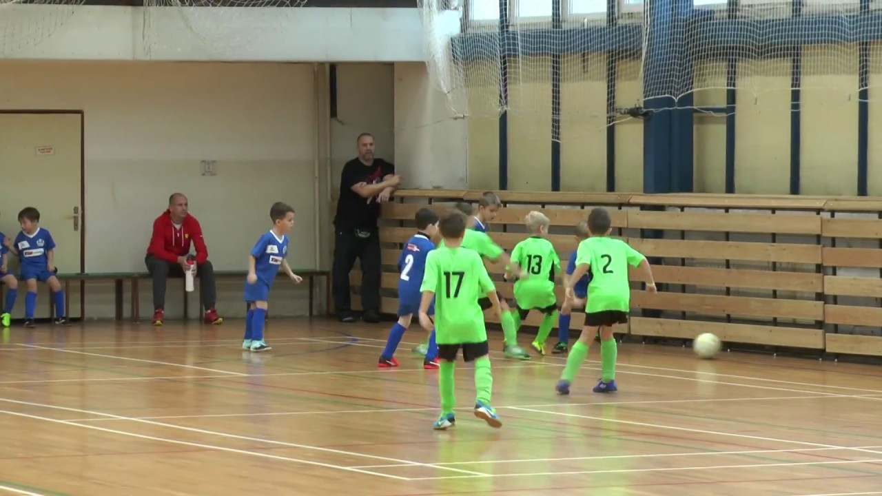 Halový turnaj mladších fotbalistů FK Ostrov