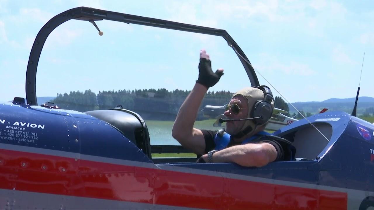 Akrobacie letounů